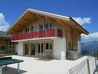 LLAG Luxury Vacation Home in Axalp - new, quiet, comfortable (# 4573), Giessbach