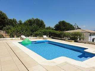 Private & quiet country villa + small welcome pack, Xativa