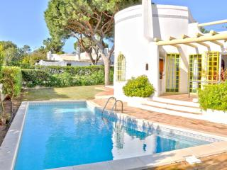 Comfortable pool villa for perfect family Holidays