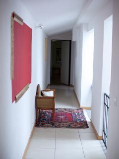 Corridoio che porta all'appartamento Donatello ed altri della stessa struttura.
