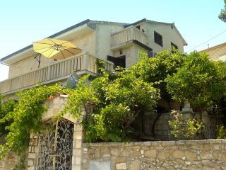Apartment Splitska, Island Brac, Croatia