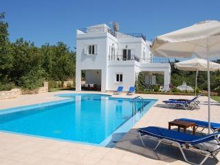 Villa Magdalena, Agios Pavlos