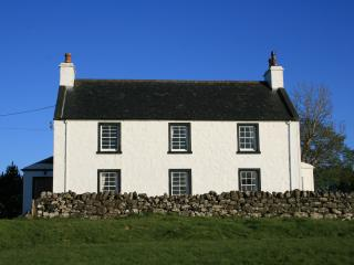 Tigh Cilmartin, Staffin
