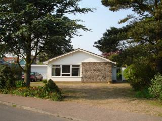 4 ST PETERS ROAD, Aldeburgh