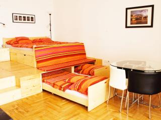 Katona Apartments - 'A' studio apartment, Budapest