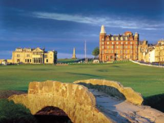 St Andrews-central location for golf, shops, beach