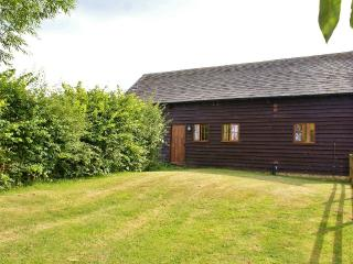 The Cotswold Manor Barn, Exclusive Hot-Tub, Games/Event Barn, 70 acres Parkland