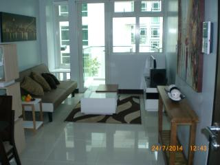 Stunning 1 Bedroom at Resort World, Pasay