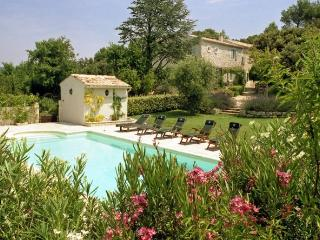 4 bedroom Villa in Saint Restitut, Provence, France : ref 2017768, Saint-Paul-Trois-Chateaux