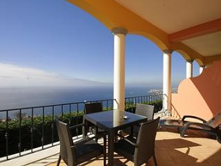 016-Charming 1 bedroom, Funchal