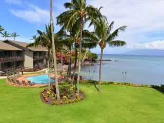 Honokeana Cove Remodeled 2nd floor two bath unit in private 38 unit complex