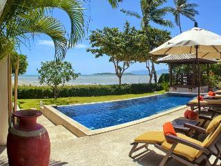 Samui Island Villas - Villa 01 On the Beach, Plai Laem