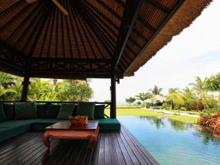 Villa Baruna - Bali Beach Villa