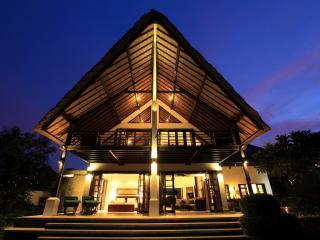 Front night view of villa Baruna