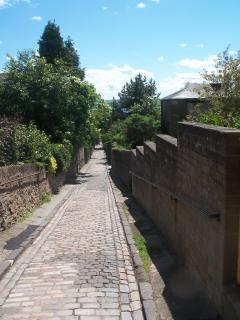lane to riverside