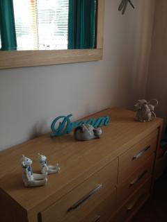 Dressing table in triple room