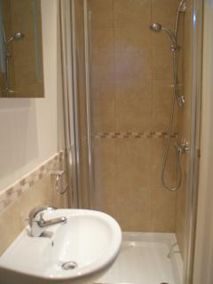 There's an en-suite fitted shower room with and w.c.as well as a family sized bathroom