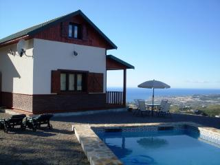 Cozy House with Private Pool (Piscis), Algarrobo