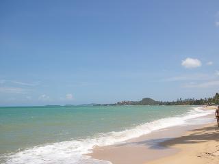 40 meters from Maenam Beach