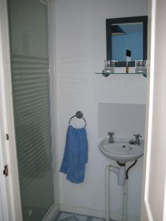 Second floor shower room