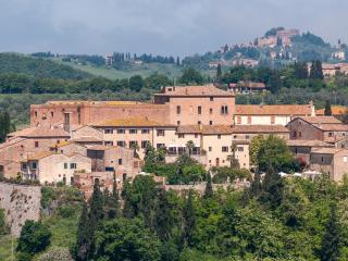 Casa Lorenzo: Charming Tuscan house,pool, AC,WiFi