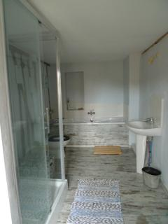 Bathroom shared by bedrooms 2 and 3