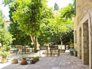 Perfect Location - Garden House - The Suita Sleep 4 - Magas House, Jerusalem