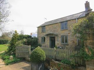 5 Bells Garden Cottage,  Romantic Cotswold Cottage, Gloucestershire