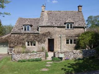 Avery Cottage, nr Bouton on the Water, Cotswolds, Lower Slaughter