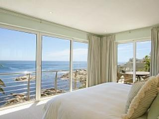 Luxury Penthouse on Ocean, Camps Bay