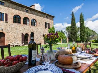 Comfort and style in the Siena counrtyside,