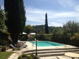 Summer of Calm & Charm - Private Villa & Pool