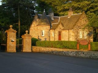 The Gate House, 2 Bedroom Cottage, Sleeping 4, Kilconquhar
