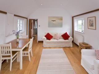 Willow Cottage - Hamptons Farmhouse, Plaxtol