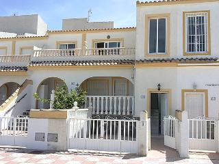 Nice Views towards Alicante Bay, MONTE Y MAR, 3 Bed 1 Bath Apartment