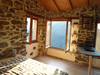 Sunny, cosy cottage, Apricale