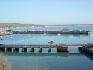 Mount View - amazing harbour and sea views, Penzance