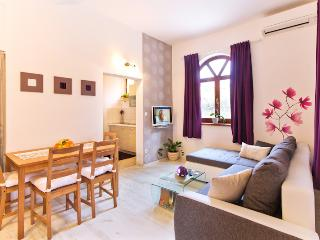 Apartment Šarac, Porec