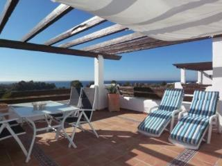 Fantastic Seaview Penthouse in lux complex, Estepona