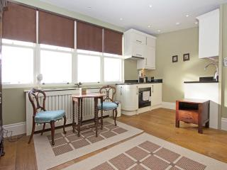 Elegant Paddington studio, London Zone 1, Londres
