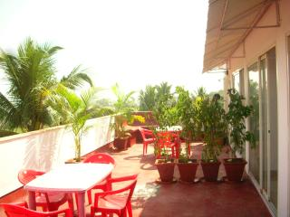 3 bedrooms plus penthouse. Roof garden and private pool. In Calungute North Goa