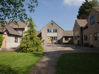 Windrush Cotswolds Cottage, Sleeps 6, Great Location