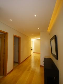 WIDE ENTRANCE HALL. PLEANTY OF WARDROBE SPACE. IDEAL FOR LONG TERM LETS.