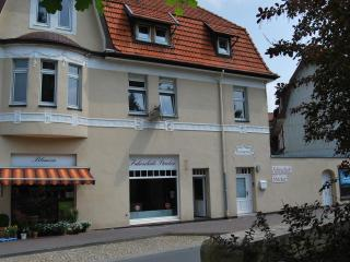 Charmante City-Fewo, 5 St.,120qm, 2 Bader, 2 Schlafz., Dachterr.,Top Lage, WiFi