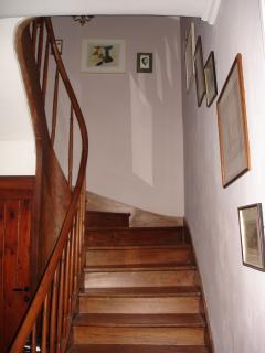 Wide oak staircase