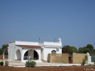 Villa Aspri, Serranova