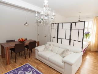 Open plane dining/living room
