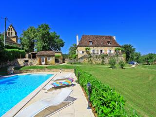Le presbytere Manor 5* Heated pool Air Condit.parc, Saint-Julien-de-Lampon