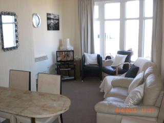 Sea-Cote Holiday Apartment  4 (FAMILY NOT 5 ADULTS, Blackpool