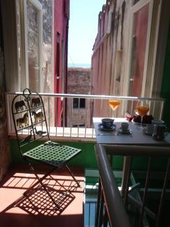 balcone in cristallo vista mare
